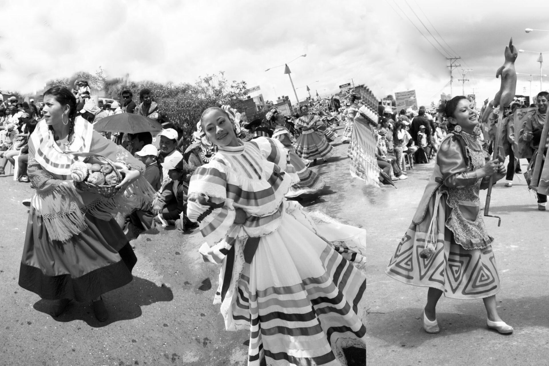 La comparasa en el Carnaval de Negros y Blancos deIpiales (Foto) Archivo la Ipialenísima)